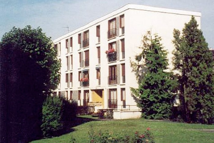 Photo of building in Chatou
