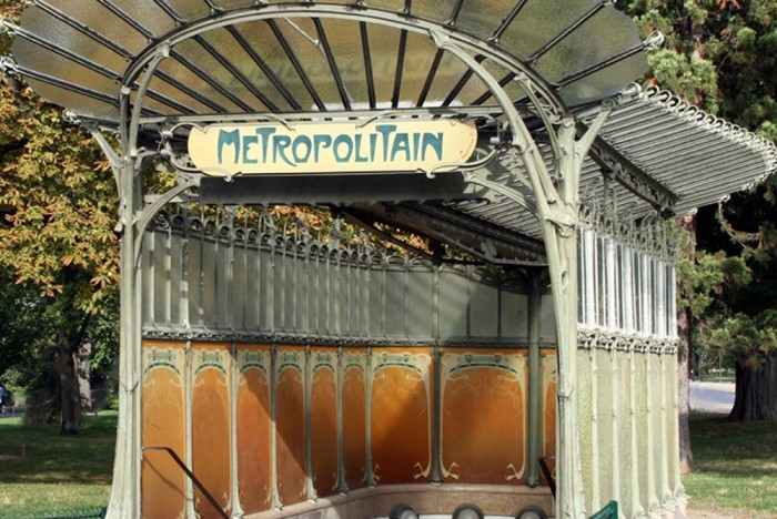 Image of Guimard metro entrance in Paris