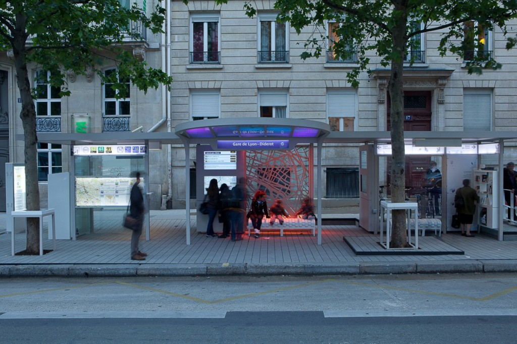 Image of Osmose bus station in Paris