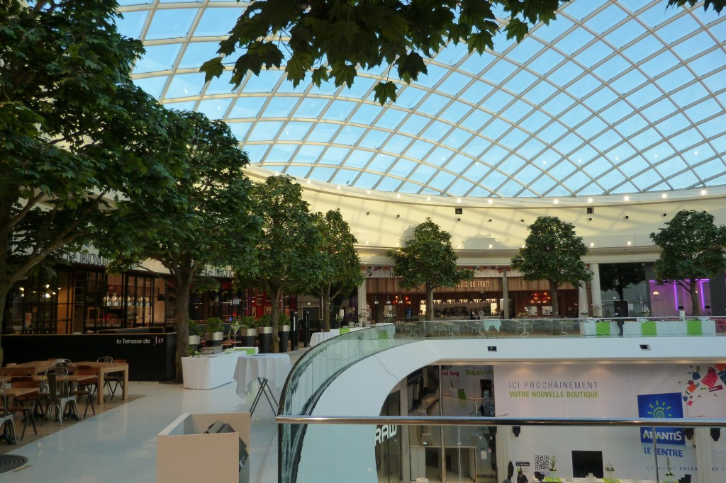 Image of fertile shopping centre